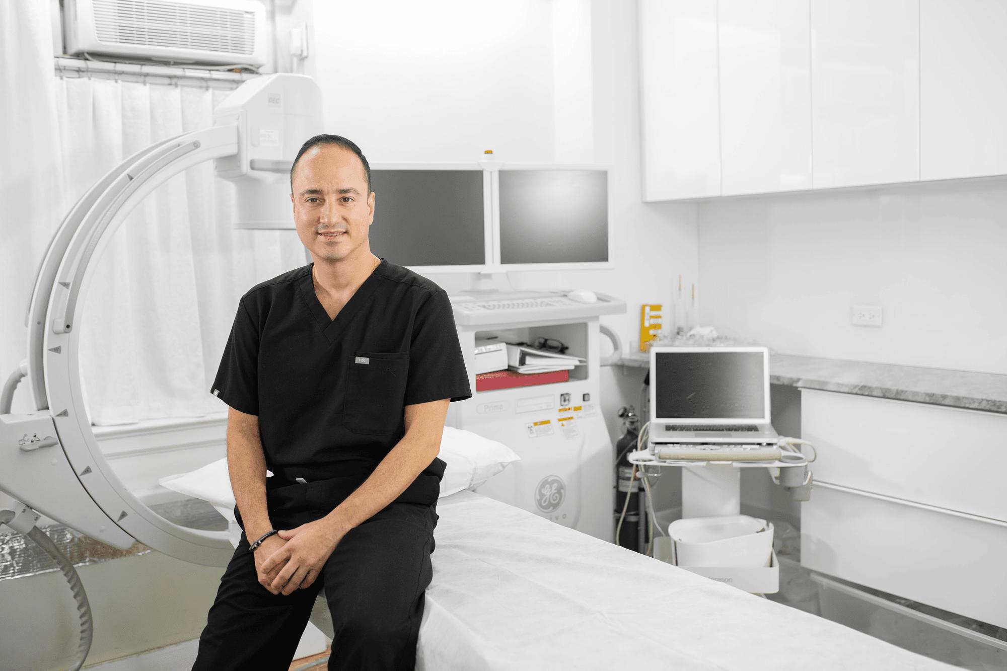 Dr. Juan Montoya Vein Specialist in NYC